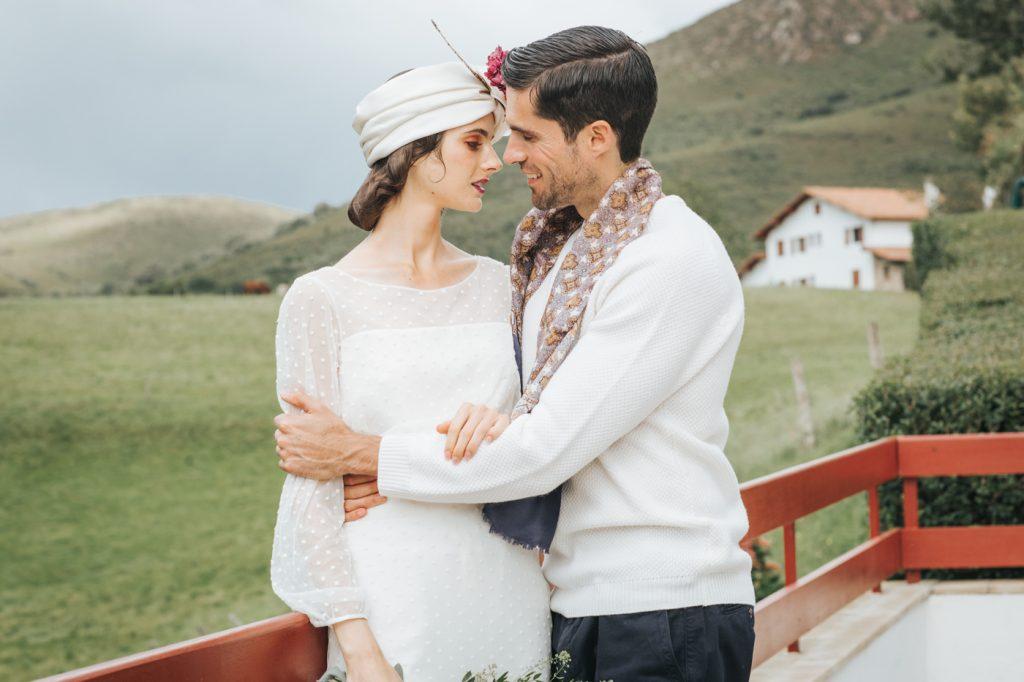 turbante de seda con flores preservadas
