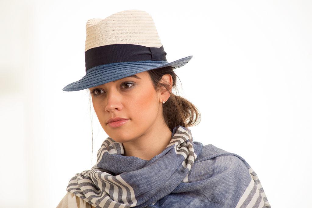 sombrero de verano de paja