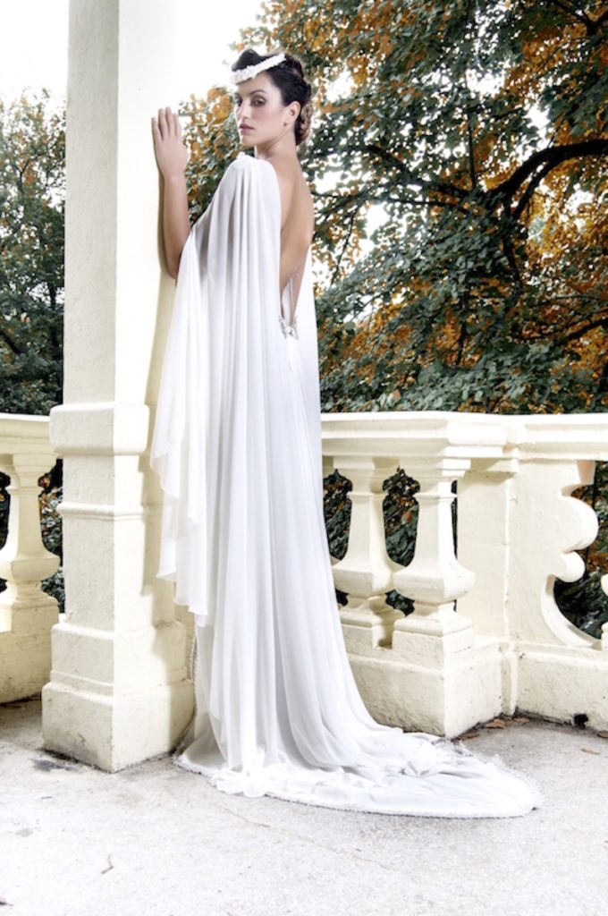 tocado de novia esmalte y porcelana